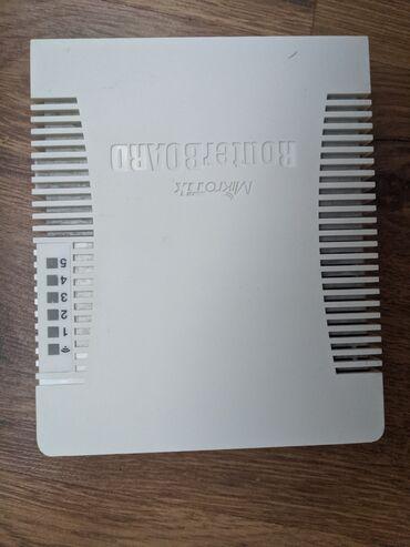 кабели синхронизации optima в Кыргызстан: Mikrotik rb951ui-2hnd routerboard, б/у в отличном состоянии
