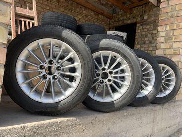 продаю бмв в Кыргызстан: Продаю диски с резиной на бмв r16 48 стильдиски не варенные и не