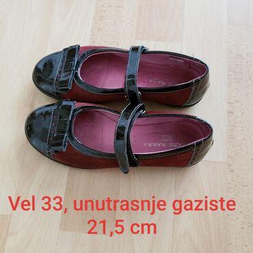 Elegantne nove kozne cipele-baletanke za devojcice vel 33. Kombinacija