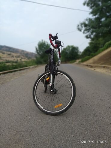 FOCUS WHİSTLERAlman brendi, dağ velosipedi.Ölçü: 26Rama: SÜstündəki