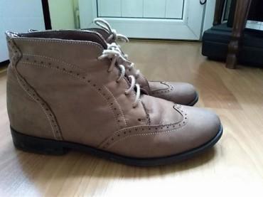 Ženska obuća | Prijepolje: Cipele. Poluduboke kozne. Nosene desetak puta. Veoma lagane, lake za