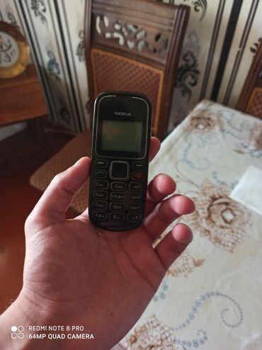 nokia telefon - Azərbaycan: Nokia,sadə telefon, adapdir var. Qiyəmti 20 azn