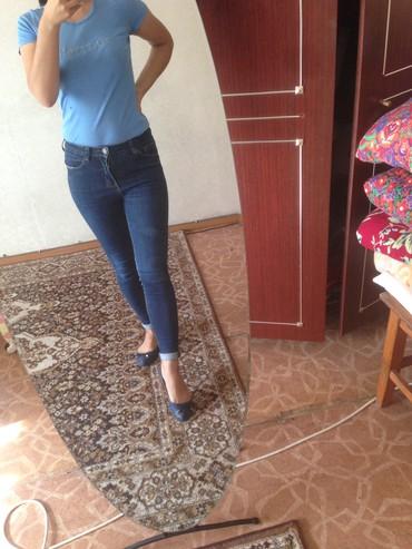 женские джинсы 26 размер в Кыргызстан: Джинсы размер S 26