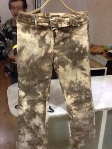 Женские джинсы мелкий вельвет б/у размер 42-44 в Bakı