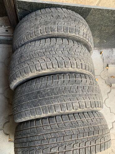 Продаю комплект зимних шин R17 215/45/R17 BRIDGESTONE Цена: 5000сом