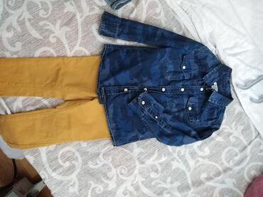 18-24 velicina pantalona, kosulja 2-3. Ocuvano i lepo