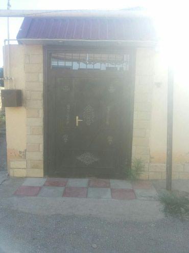 Bakı şəhərində Xirdalanda 3 otaqli tàmirli hàyàt evi tàcili satilir.