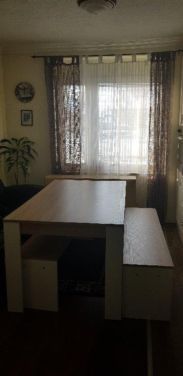 Zenske pamtalone kontakt preko vibera - Srbija: Trpezarijski sto + dve klupe, odlično stanje, iz Austrije.Kontakt