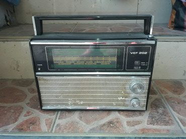 Продаю 2 радио. советские в Бишкек