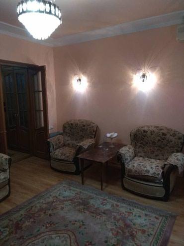 4гор больница бишкек в Кыргызстан: Сдается 2 комнатная квартира, в центре Бишкека, Московская