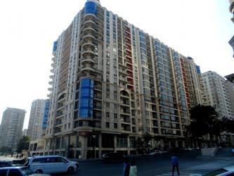 sovremennye divany в Азербайджан: Продается квартира: 3 комнаты, 163 кв. м