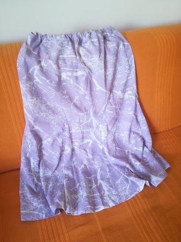 Prelepa suknja za toplije dane vel 42/44, ima lastrež u struku, obim