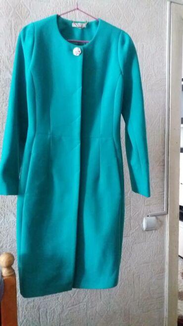 Женская одежда - Кыргызстан: Новое пальто натуральный кашемир!размер 44-46 покупали не в