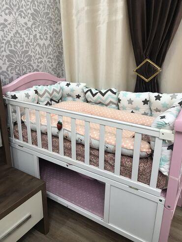 dvuhjarusnaja-krovat-dlja-detej-i в Кыргызстан: Продается совсем новый кровать из натурального дерево бортик, матрас