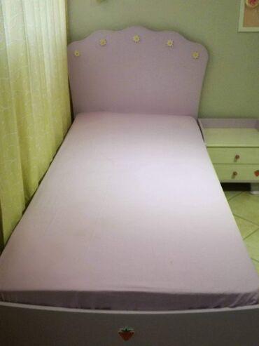 Έπιπλα - Ελλαδα: Παιδικό κρεβάτι και κομοδίνο της εταιρίας cilek, μοντέλο daisy σε λιλά