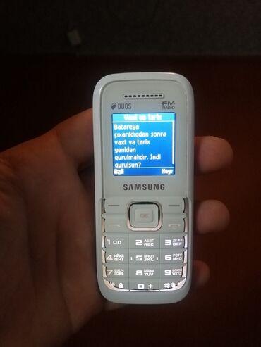 Электроника в Ленкорань: Samsung duos fmHec bir problemi yoxdu yuksek ses dinamikine malikdir