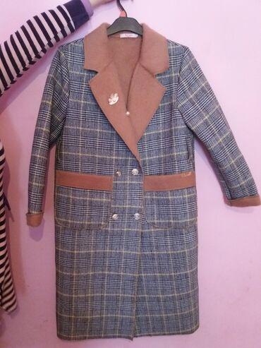 Продаю новое пальто за 3000 с. Можно носить осенью и зимой. Абсолютно