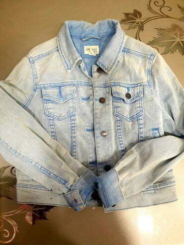 Слип на девочку - Кыргызстан: Джинсовая короткая курточка. Весна. Размер S. Или на девочку
