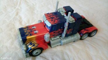 Igracka transformers optimus prime 3+. Besprekorna u perfektom stanju. - Novi Sad