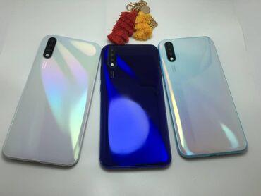 Новый Samsung A50 32 ГБ Синий