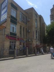 пленка на окна в Азербайджан: Продается квартира: 4 комнаты, 110 кв. м