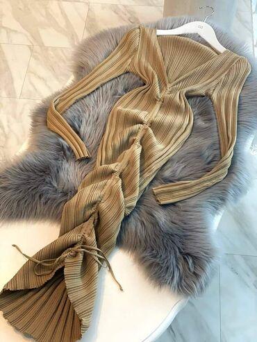 Plac - Srbija: Haljina od trikotaze,rastegljiva.2000 dinDostupne boje