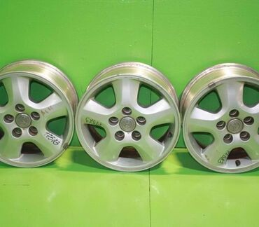 шина 205 65 r15 в Кыргызстан: Продаю или меняю диски на ипсум,камри,виндом и т.д R15 5*114/3 шины