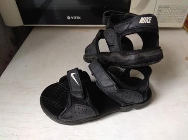 футбольные бутсы nike в Кыргызстан: Продаю сандали Nike оригинал, неубиваемые качество супер, 25 размер