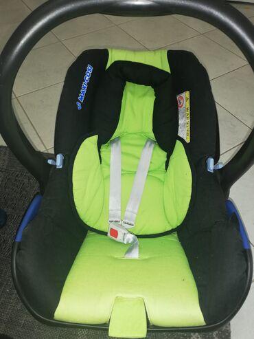 Maxi-cosi sedište za bebu od rođenja. Ispravno, stanje kao na slikama