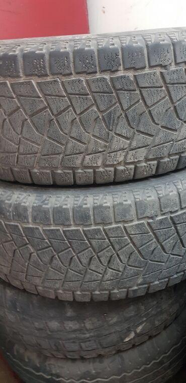 Продаю комплект шина Bridgestone blizzak зимний снимали от gx470