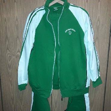 Спортивный костюм. состояние идеальное. размер 46-48. одевался пару