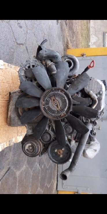 Продаю запчасти по двигателю om613 3.2 cdi в Mykan