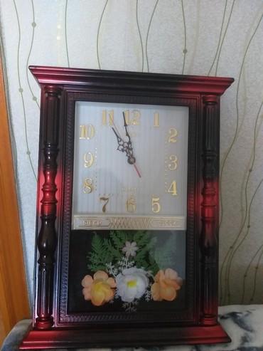 Divar saatı satılır.batareya ilə işləyir