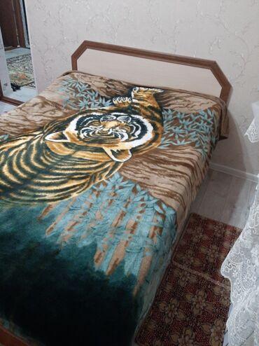 двуспальное овечье одеяло в Кыргызстан: Продаю!в отличном состоянии