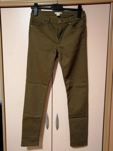 Ženska odeća | Mladenovac: Maslinasto zelene pantalone H&MVelicina 38Za vise informacija