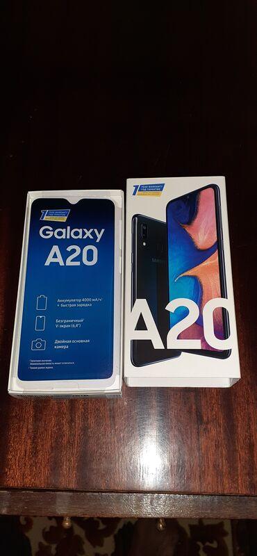 Мобильные телефоны и аксессуары в Душанбе: Б/у Samsung A20 32 ГБ Черный