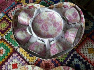 FARFOROVIE----6чайные чашки и 6 блюдца-- в Bakı