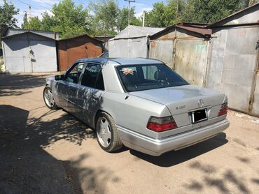 chasy made in japan в Кыргызстан: Mercedes-Benz E-Class 3.2 л. 1994   300 км