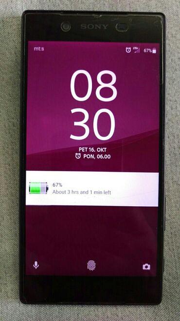 Elektronika - Cuprija: Telefon je u odlicnom stanju. Ima zastitno staklo koje je malo