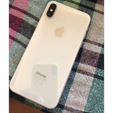 Iphone X.64GB 1200 azn ela isleyir sadece ekranda (ciziglar var yanda)