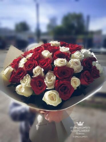 Развлечения в Кыргызстан: Цветы, букеты 101 роза 51 51 роза 30см 51 роза 40см 51 роза 50см 51