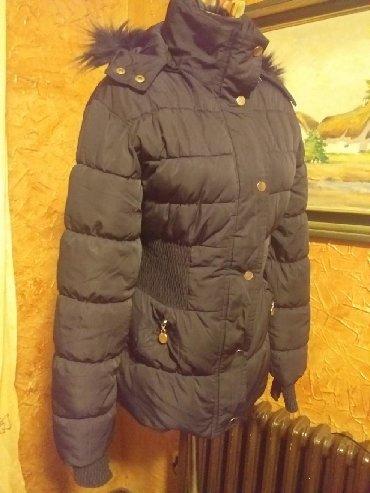 Avo krzno obim - Srbija: Odlična zimska jakna crne boje,očuvana, veličina L, strukirana