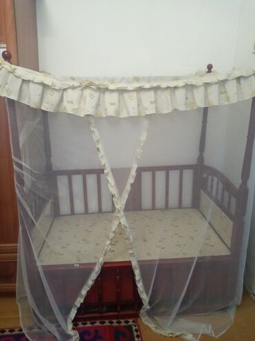 Детская мебель в Сокулук: Продаю детскую кроватку,находимся в сокулуке