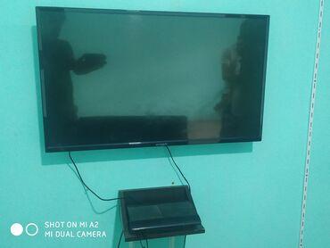 2 ədəd ps3 2 ədəd plazma TV 1 divan 6 ədəd pult içində 16 ədəd oyun
