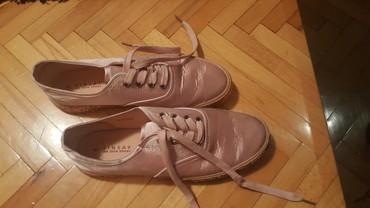 Roze patike sa diskretnim cirkonima br 41 marka sinsay - Pozarevac