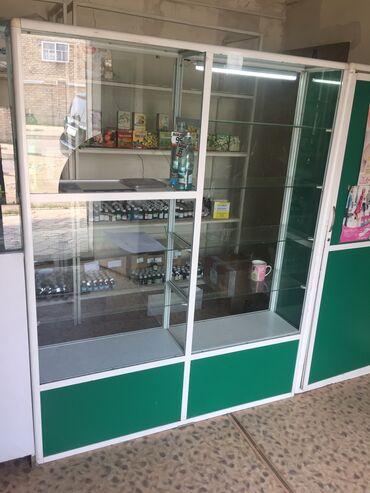 Услуги - Ала-Тоо: Витрины для аптеки, аптека, витрины размеры 140*2; 90*1 и дверь 80*1