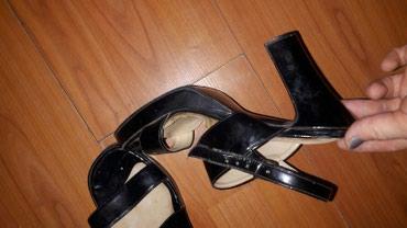 Sandale nosene ali ocuvane  vel 37 - Cuprija