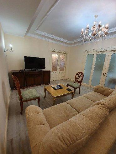 супермаркет фрунзе бишкек в Кыргызстан: Сдается квартира: 4 комнаты, 170 кв. м, Бишкек
