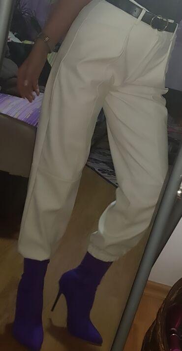 Tricetvrt pantalone - Srbija: Bele pantalone siri model, gore uske i duboke, tricetvrt model, eko