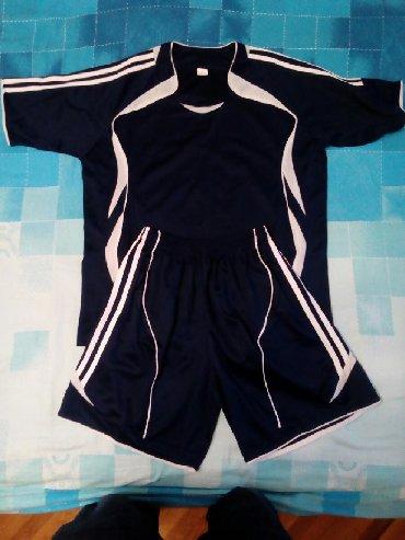 Dres za dečaka komplet majica i šorc